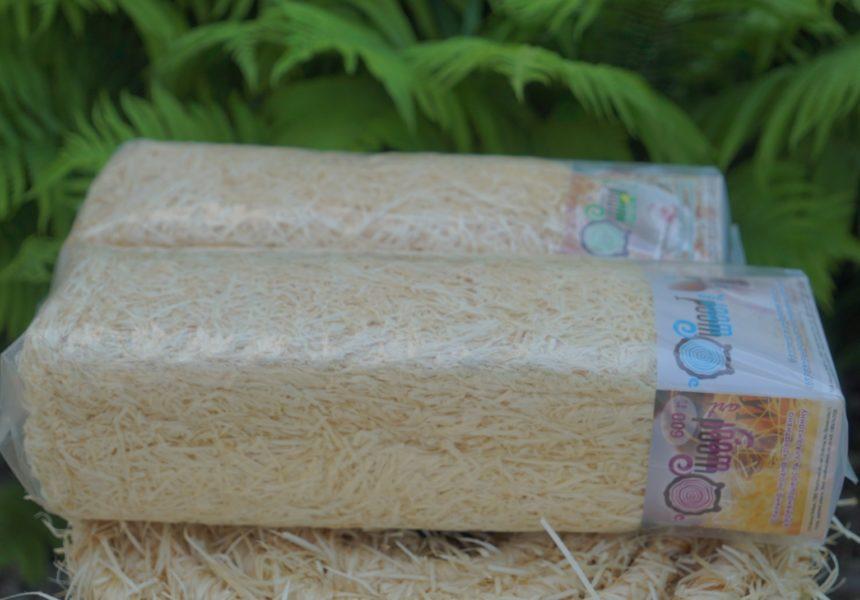 Нить с древесной шерсти